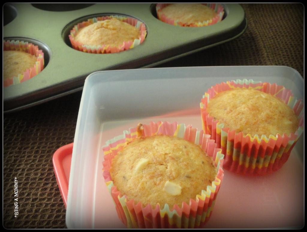 Carrot -Almond-Cinnamon Muffins
