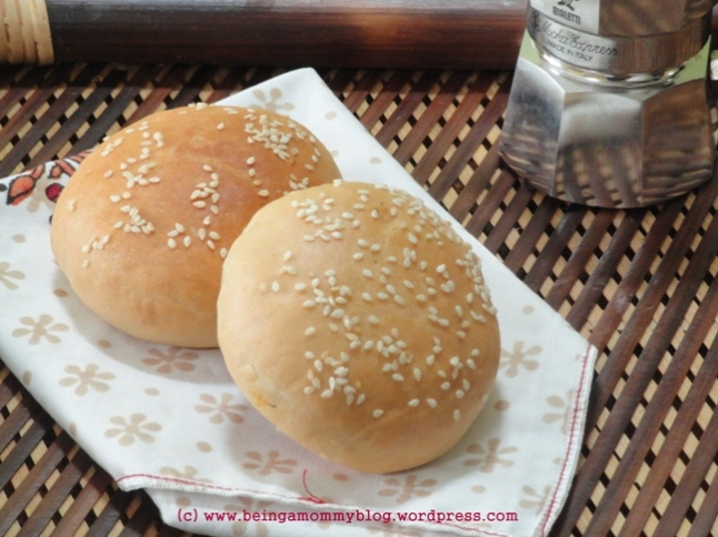 Potato filled Sesame buns