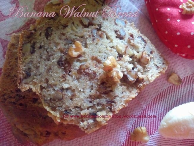 banana walnut loaf_lr