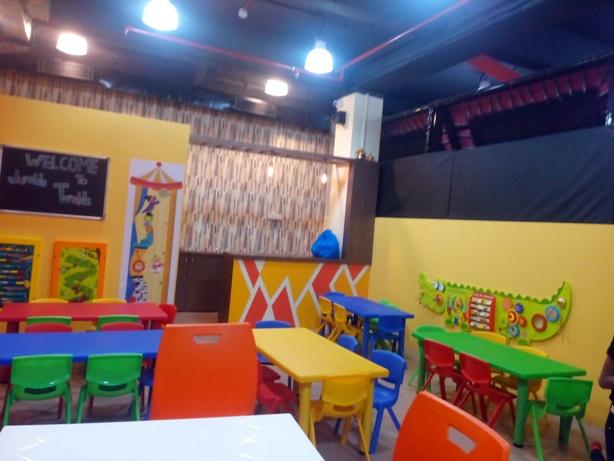 Jumble Tumble Cafeteria